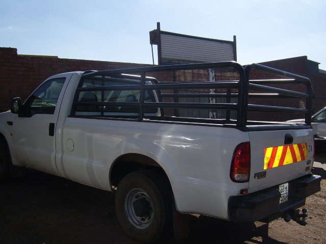 F250 CATTLE RAILS 1-281.jpg